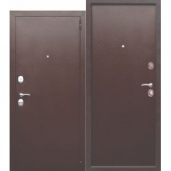 Входная дверь Гарда...