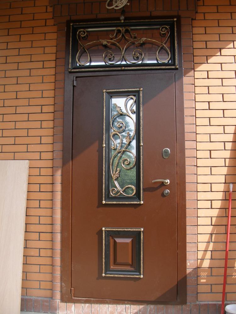 Двери с зеркалом купить в Центр Дверей