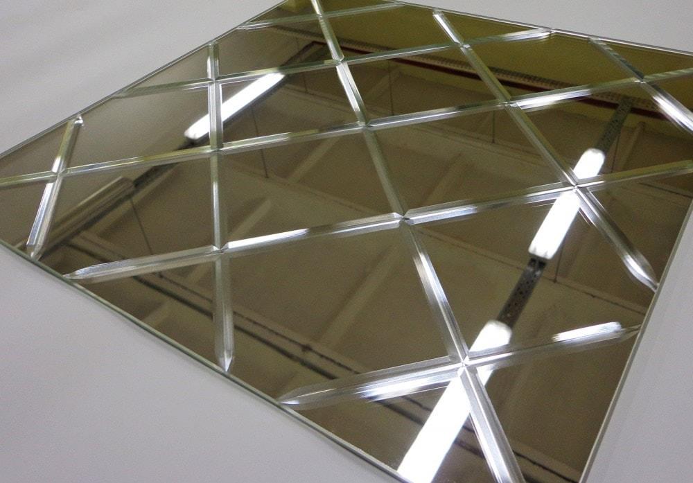 Алмазная гравировка на межкомнатных дверях