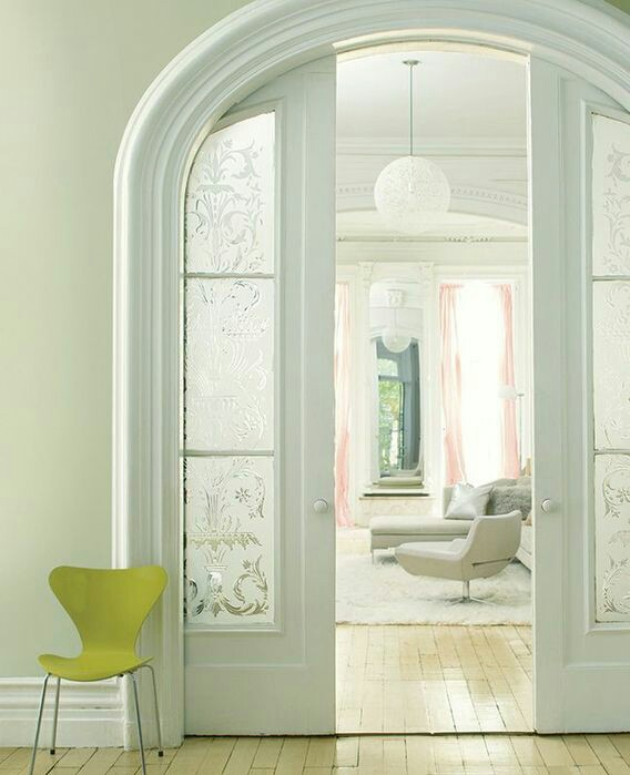 Заказать двери межкомнатные и арки в Казани в Центр дверей